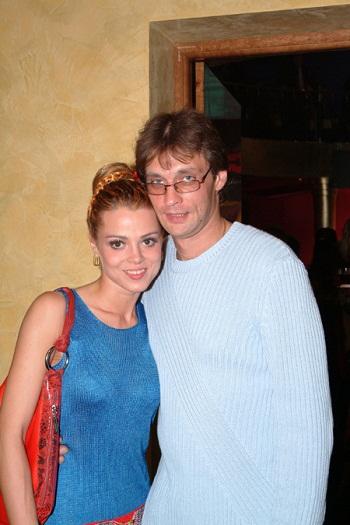 Александр Домогаров с третьей женой фото