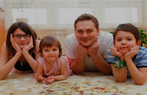 Александр Пашков дети фото