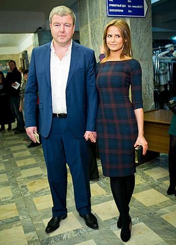 Александр Робак с женой фото