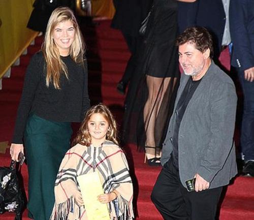 Александр Цекало с семьей женой и дочерью фото