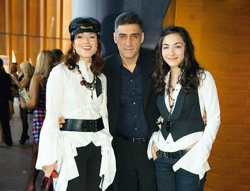 Алена Хмельницкая с семьей бывшим мужем и дочерью фото