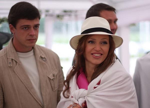 Алла Довлатова с мужем Алексеем Бородой фото