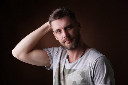 Антон Батырев на фото