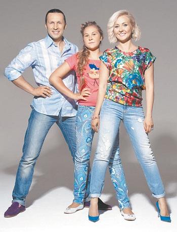 Василиса Володина с семьей мужем и дочерью фото