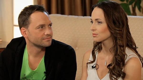Виктор Васильев с женой Анной Снаткиной фото