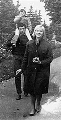 Галина Польских с бывшим мужем и дочерью фото