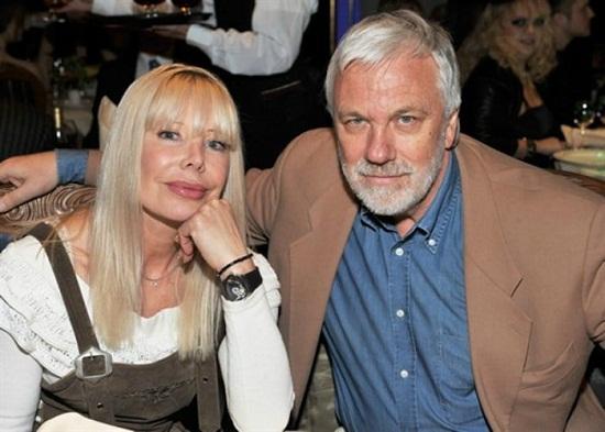 Дмитрий Крылов с женой Татьяной Бариновой фото