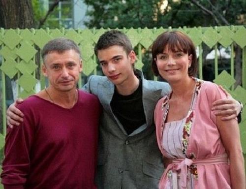 Екатерина Семенова с семьей бывшим мужем и сыном фото