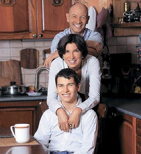 Ирада Зейналова с бывшим мужем и сыном фото