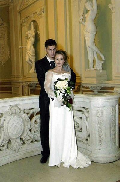 Карасевым Артемом с мужем фото