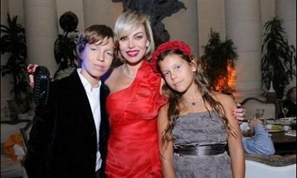 Лада Дэнс с детьми фото