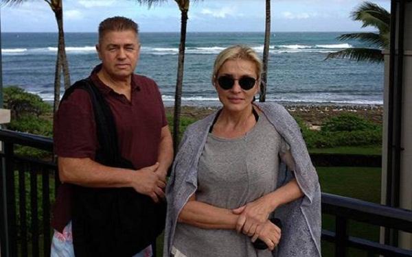 Лайма Вайкуле с мужем фото