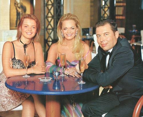Лариса Долина с семьей мужем и дочерью фото
