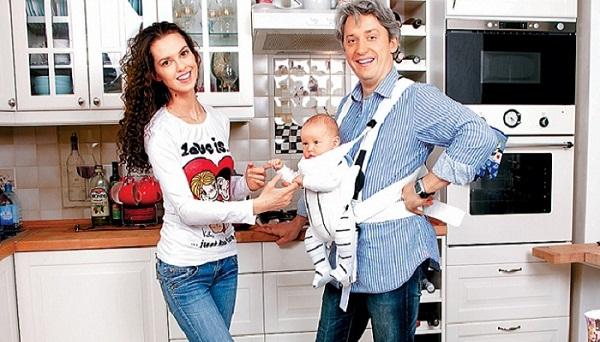 Лянка Грыу с семьей мужем и сыном фото