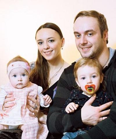 Максим Щеголев с семьей женой и детьми фото