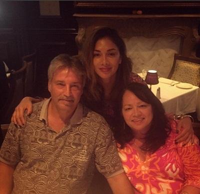 Николь Шерзингер с родителями фото