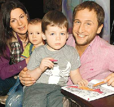 Оскар Кучера семья жена дети фото