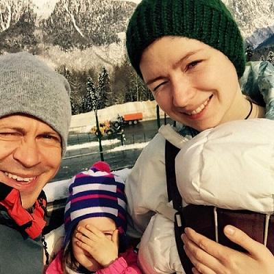 Павел Деревянко с семьей женой и детьми фото