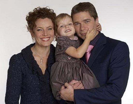 Сергей Маховиков с семьей женой и дочерью фото