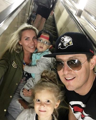 Станислав Ярушин с семьей женой и детьми фото