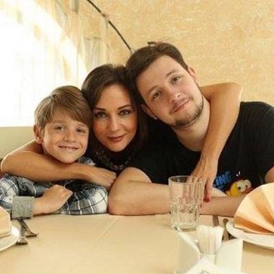 Татьяна Буланова с сыновьями фото
