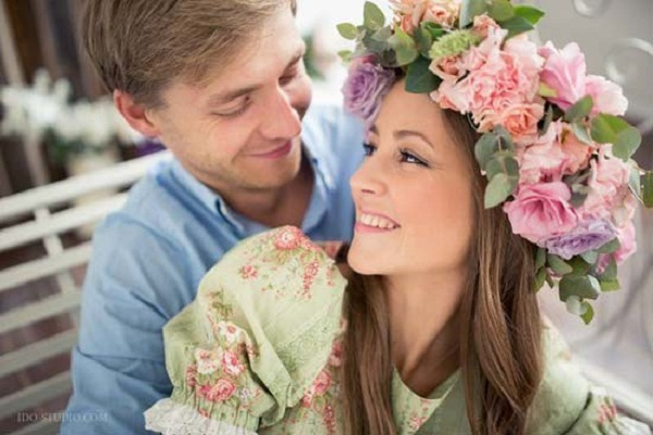 Тимофей Каратаев с женой Анной фото