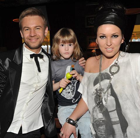 Ирина Дубцова с семьей: бывшим мужем Романом Черницыным и сыном Артемом фото