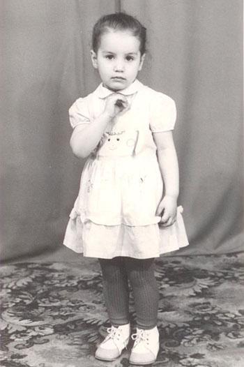 Виктория Дайнеко в детстве фото