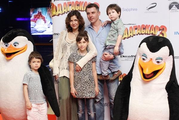 Игорь Петренко с бывшей женой Екатериной Климовой и детьми фото