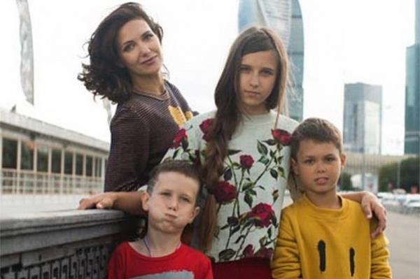 Екатерина Климова с детьми фото