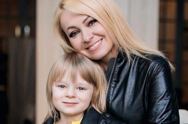 Яна Рудковская: сколько лет продюсеру на самом деле