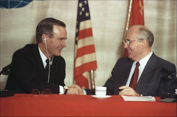 Умер бывший президент США Джордж Буш-старший