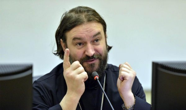 Протоиерей Андрей Ткачев − священник «самоучка»