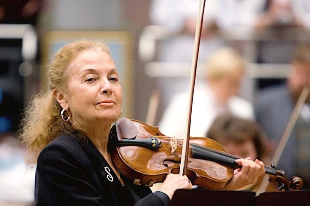 Svetlana Bezrodnaya: biography and creativity