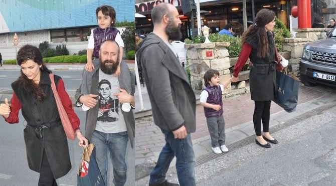 Халит с женой и сыном Али