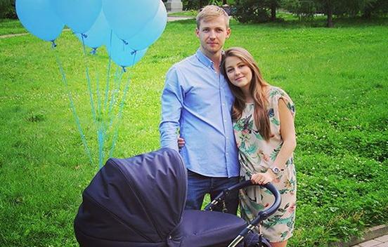 Анна Михайловская с мужем и сыном Мирославом фото