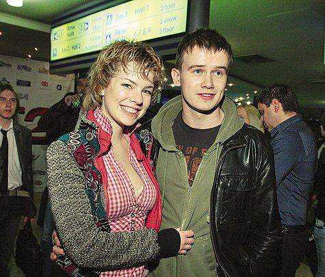 Алексей Бардуков с женой Анной Старшенбаум фото