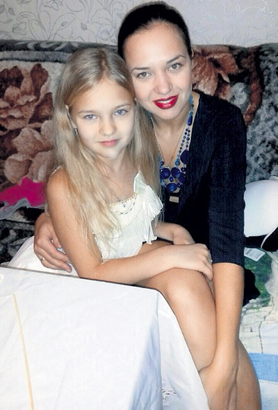 жена Алексея Фатеева - Алина и дочь Мария фото