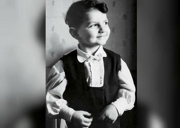 Карен Шахназаров: биография