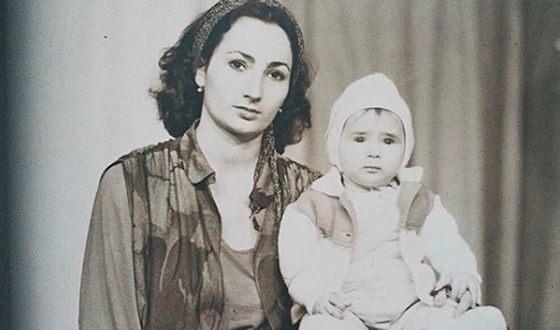 Айза Анохина: биография, личная жизнь