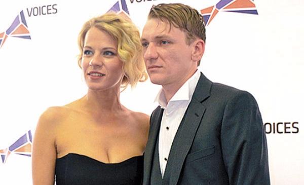 Александра Ребенок с мужем фото