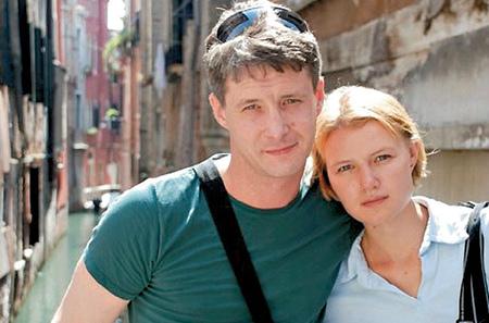 Александр Макогон с женой фото
