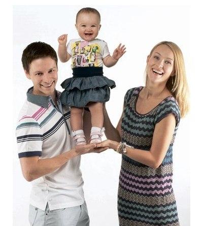 Анастасия Панина с мужем Владимиром Жеребцовым и дочерью фото