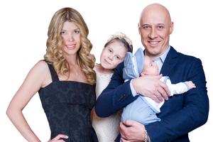 Денис Майданов семья жена дети фото