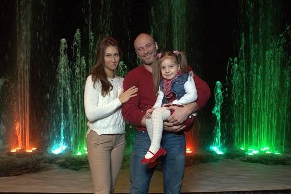 Константин Соловьев с семьей