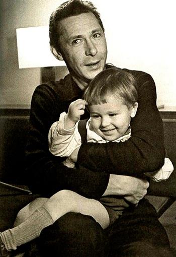 Никита Ефремов в детстве с отцом фото