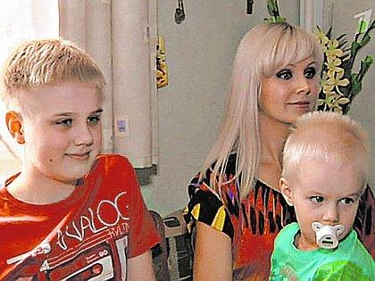 Певица Натали с детьми сыновьями фото