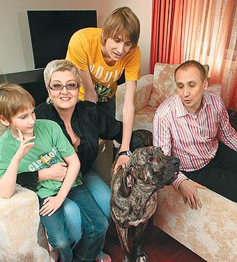Татьяна Устинова с семьей мужем и детьми фото