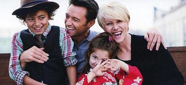 Хью Джекман с семьей женой и детьми фото