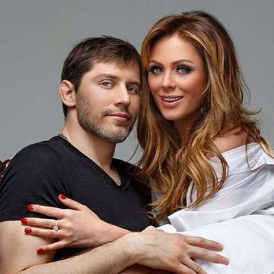 Юлия Началова с Александром Фроловым фото